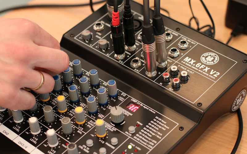 TEST: Topp Pro Music Gear MX6 FX v.2